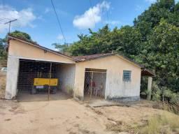 Vendo ou Troco Pequena granja próximo ao aeroporto Castro Pinto