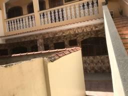 Alugo casa Curicica