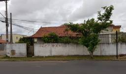 Vendo lote 14x15 no BNH, com casa. Valor 260.000,00 tel: *