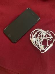 iPhone 7, preto - 32 GB