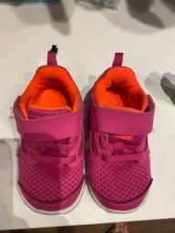 Tenis Nike bebe menina 5C (16/17)
