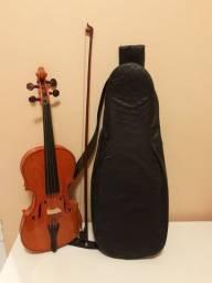 Violino 4/4 vendo ou troco por menor