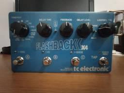Pedal Flashback Delay x4 em estado de zero