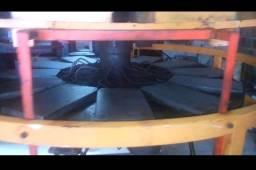 Máquina injetora rotativa himaco
