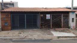 Casa no Jacinto Hackel Fren Aun, em Cosmópolis-SP, terreno com 260m². (CA0149)