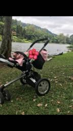 Carrinho de bebê triciclo