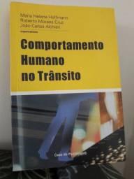 Livro Comportamento humano no trânsito