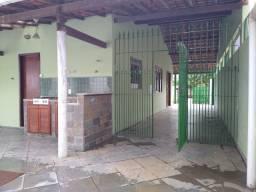 Portão de ferro verde muito novo com 2,57m altura x 2,73m largura