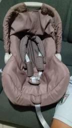 Bebê conforto em ótima condições de uso.