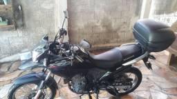 Moto XRE 190 único dono.