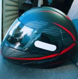 Vendo capacete original da Honda escamotiavel , em estado de novo.