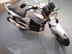 Moto Yamaha Fazer 2009/10