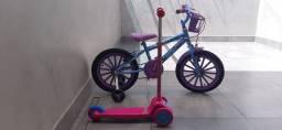 Bicicleta Frozen + Patinete rosa (parcela até 4x no cartão)