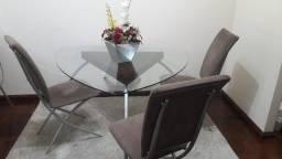 Vendo essa mesa e cadeiras