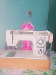 Máquina de costura e bordado quatorze tipos de bordado