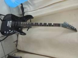 guitarra hurricane