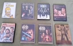 Diversos DVDs à venda