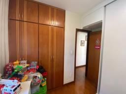 Apartamento 3 quartos, uma suite e 2 vagas 80m²- Bairro Santa Rosa