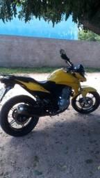 Título do anúncio: Cb 300 2012 amarela