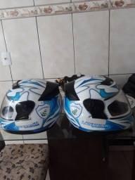 2 capacetes pelo preço de 1
