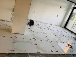 Sou pedreiro ladrilheiro pintor faço forro telhado construção e reforma