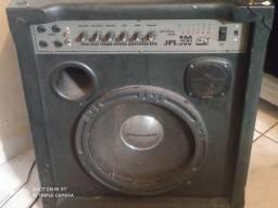 Vendo caixa  amplificadora de som