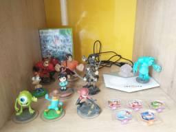 Disney infinity pra Xbox 360 com 10 bonecos + plataforma
