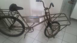 Bicicleta cargueira em ótimo estado