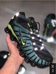 Nike Shoks 12 Molas