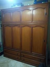 Guarda roupa madeira maciça