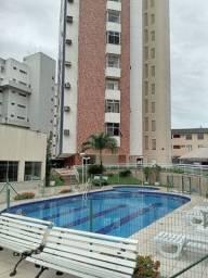 Vende apartamento com ótima localização no bairro de Fátima