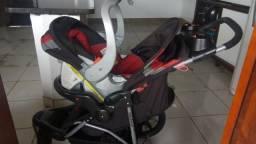 Carrinho com Bebê conforto Baby trend