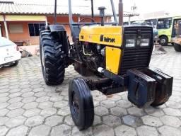 Trator Valtra 785 4x2