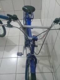 Bicicleta aro 26 com machas