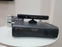 Vendo XBOX 360, Kinect, controles e jogos