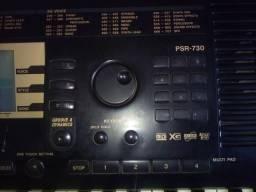 Teclado Yamaha PSR-730