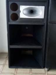 Vendo caixa de som medio grave