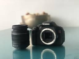 Câmera Cânon T3i com lente 18-55mm
