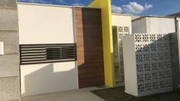 Casa pronta de 03 quartos no Portal Campina