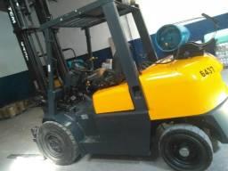 Empilhadeira tcm ano 2011 capacidade 4 ton ! 4 via de comando !!!!