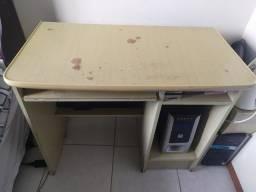 Doação de Mesa para computador/escrivaninha