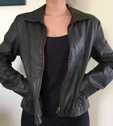 Jaqueta femina de couro legítimo