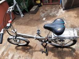 Exelente bicicleta dobravel de aluminio eletrica