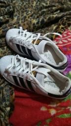 Vendo Adidas leia