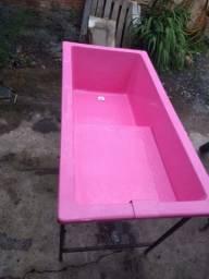 Vende-se banheira semi nova