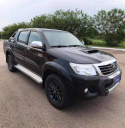 Toyota Hilux SRV Limited Abaixo da tabela