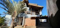 Sobrado com 3 dormitórios para alugar, 400 m² por R$ 4.650/mês - São Lourenço - Curitiba/P