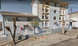 Apartamento com 2 dormitórios para alugar, 60 m² por R$ 700,00/mês - Cidade Industrial - C