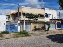 8451 | Casa à venda com 8 quartos em Rio Doce, Olinda