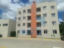 Apartamento com sacada com churrasqueira no Tatuquara